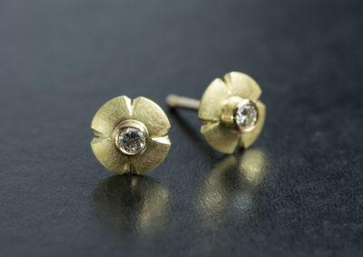 Ohrstecker: Gelbgold mit Diamant