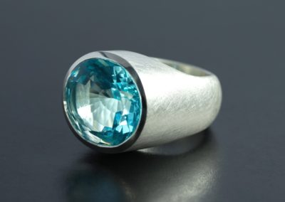 Ring: Silber mit Topas