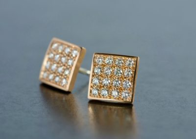 Ohrstecker: Rotgold mit Diamanten