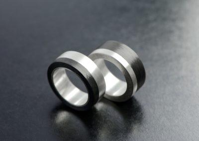 Eheringe: Silber mit Carbon